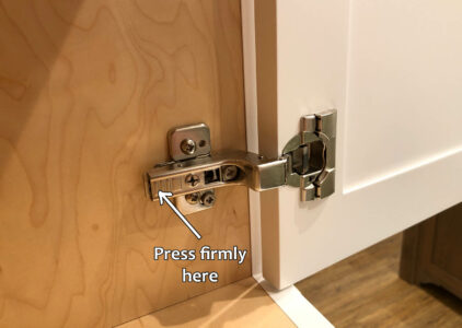 Blum hinge adjustment - Attaching door